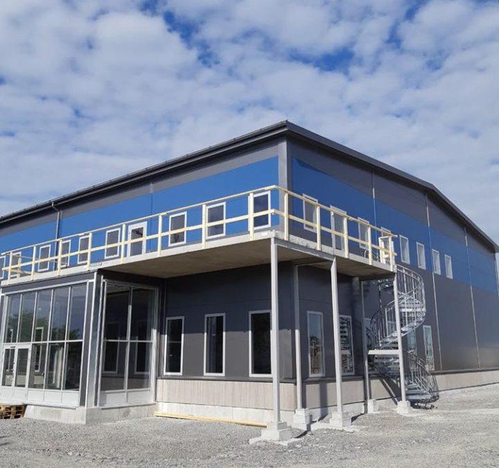 Tjuvtitt på Frewitos nya verkstadshall